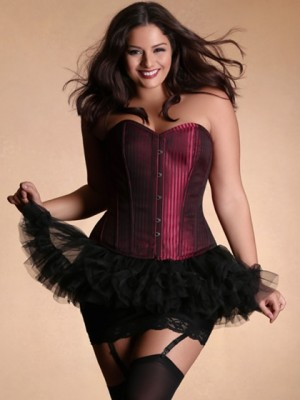 Juliette corset hips and curves