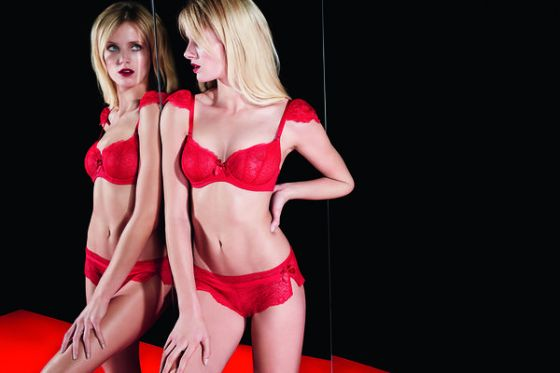 """Nouvel Emoi"" by Huit, available in sizes 32-38 B-E, 32-36 F (UK sizes). Colors: Poppy (pictured) and Noir."